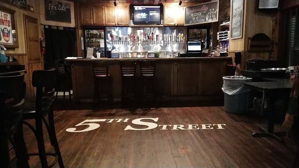 5th Street Bar & Grill | restaurant | 111 W 5th St, Pittsburg, KS 66762, USA | 6202322446 OR +1 620-232-2446
