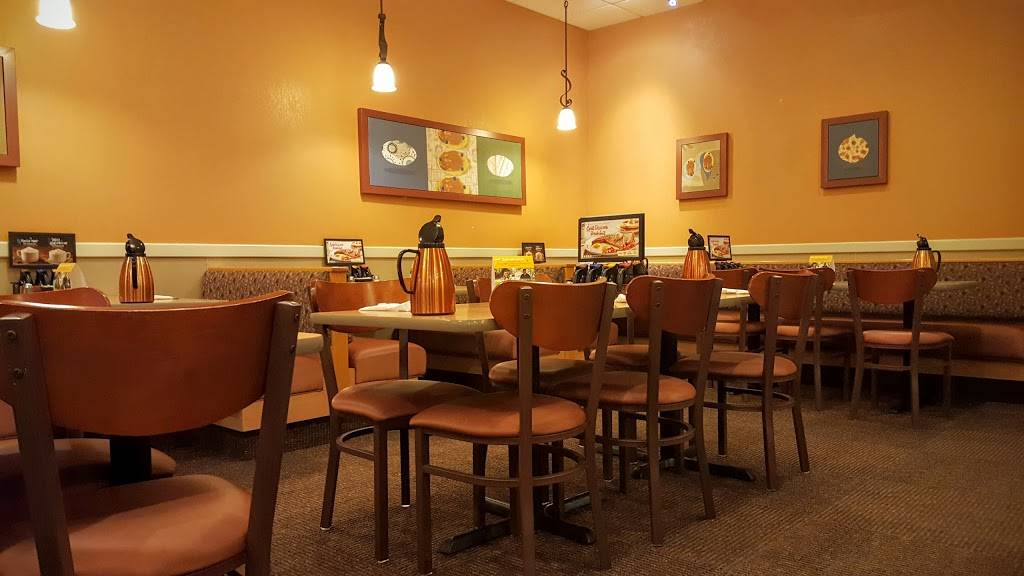IHOP | restaurant | 243 Market Place Connector, Peachtree City, GA 30269, USA | 7704861552 OR +1 770-486-1552