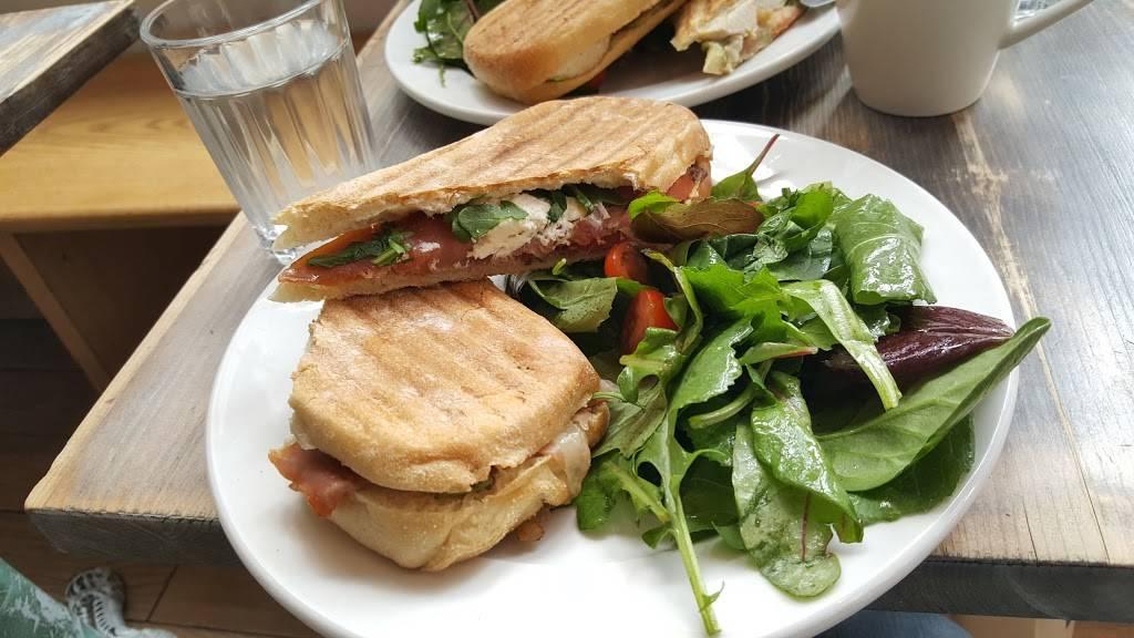 Earth Café | restaurant | 2578 Broadway, New York, NY 10025, USA | 6469645167 OR +1 646-964-5167