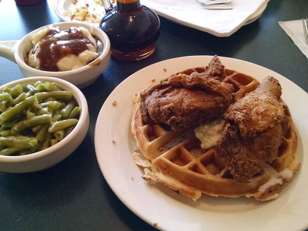 Buffalos   restaurant   261 Hackensack St, Wood-Ridge, NJ 07075, USA   2017284717 OR +1 201-728-4717