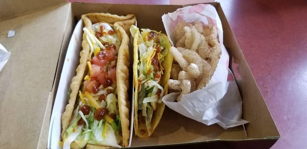 Taco Bell | restaurant | 208 McGuinness Blvd, Brooklyn, NY 11222, USA | 7183836666 OR +1 718-383-6666