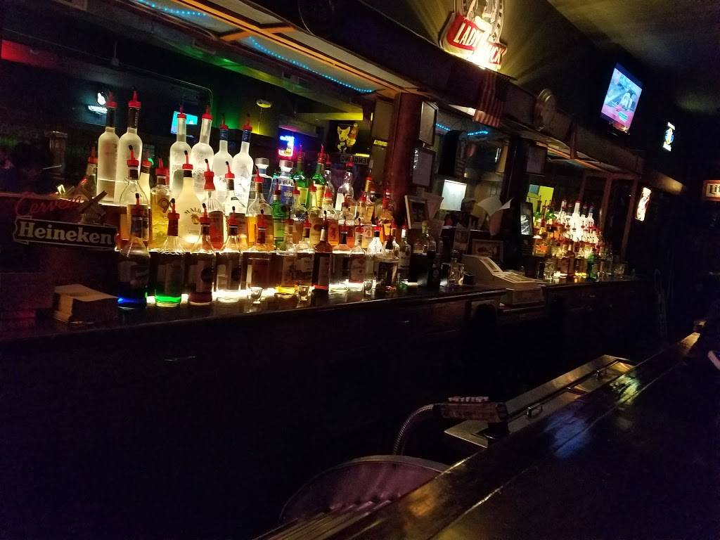 B and G Tavern | restaurant | 4150 Lorain Ave, Cleveland, OH 44113, USA | 2166510883 OR +1 216-651-0883