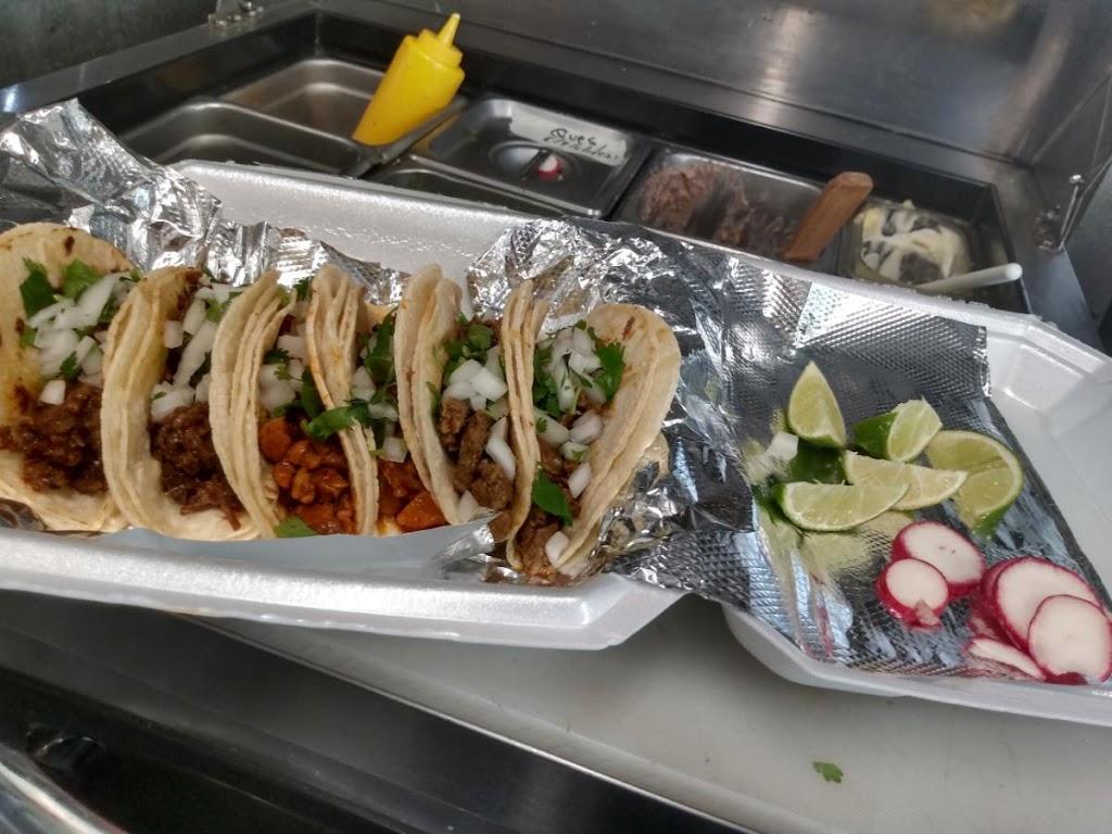 Antojitos Arroyo | restaurant | 10100 Moores Chapel Rd, Charlotte, NC 28214, USA | 7047739589 OR +1 704-773-9589