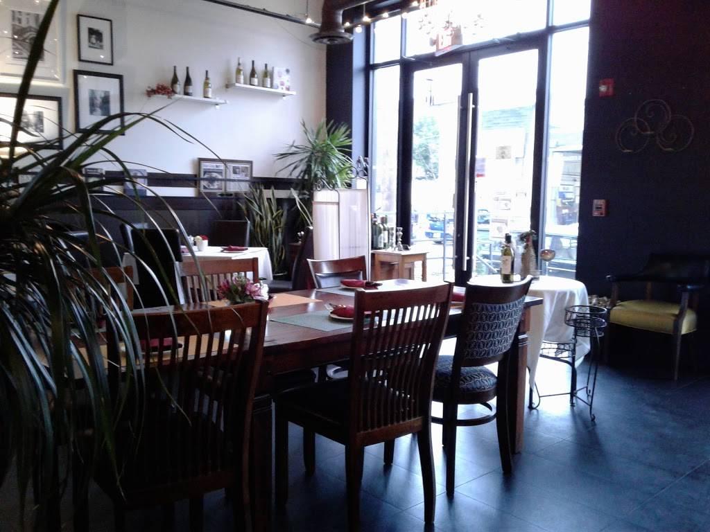 Erics Steak House | restaurant | 322 Commercial Ave, Palisades Park, NJ 07650, USA | 2015920541 OR +1 201-592-0541