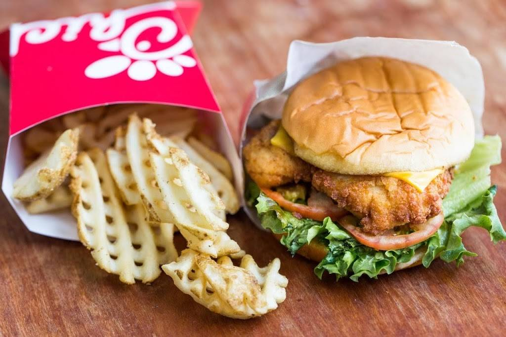 Chick-fil-A | restaurant | 221 Williams St, Cumberland, MD 21502, USA | 3017220086 OR +1 301-722-0086