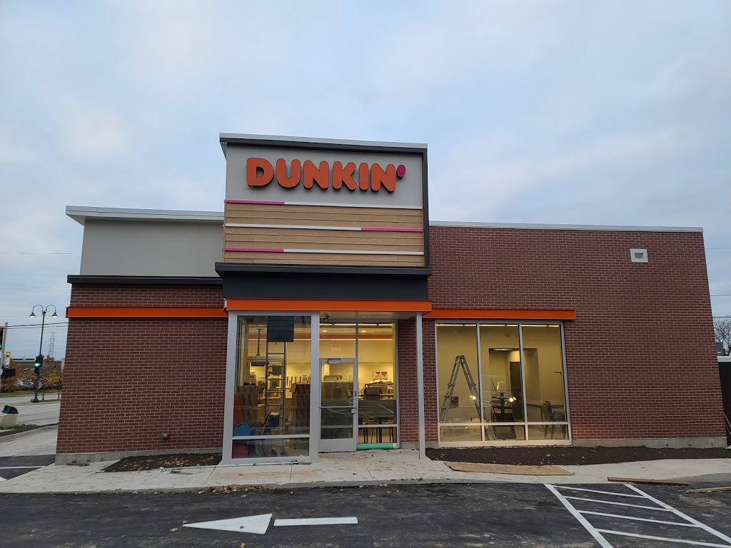 Dunkin | bakery | 7575 W Cold Spring Rd, Greenfield, WI 53220, USA | 4149795318 OR +1 414-979-5318