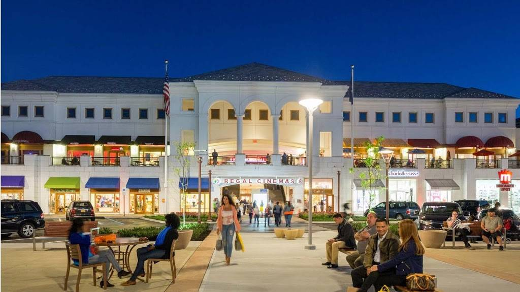 The Shops at Atlas Park | shopping mall | 8000 Cooper Ave, Glendale, NY 11385, USA | 7183263300 OR +1 718-326-3300