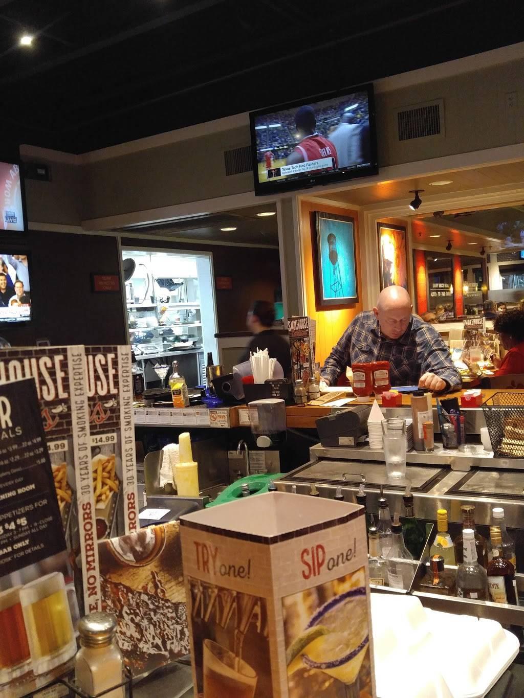 Chilis Grill & Bar | meal takeaway | 4085 Virginia Beach Blvd, Virginia Beach, VA 23452, USA | 7574312663 OR +1 757-431-2663