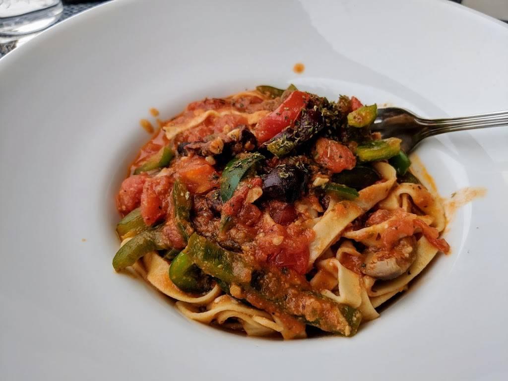 Akrotiri | restaurant | 29-20 30th Ave, Astoria, NY 11102, USA | 7187262447 OR +1 718-726-2447