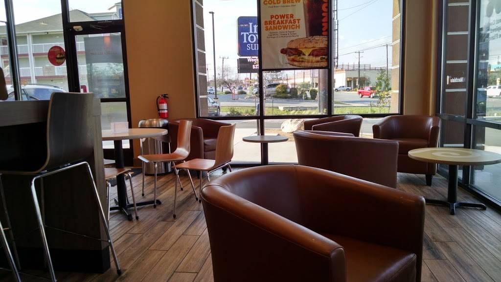 Dunkin | cafe | 7272 Culebra Rd, San Antonio, TX 78251, USA | 2103703566 OR +1 210-370-3566