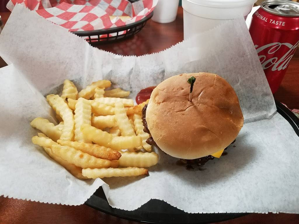 Bubba and Son Family Restaurant | restaurant | 42596 US-72, Stevenson, AL 35772, USA | 2566632032 OR +1 256-663-2032