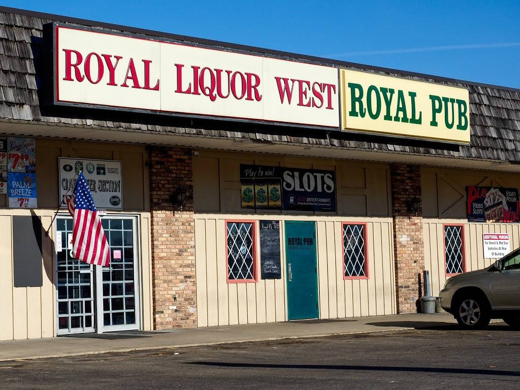 Royal Pub & Grille   restaurant   306 N Park Blvd, Freeport, IL 61032, USA   8152354015 OR +1 815-235-4015
