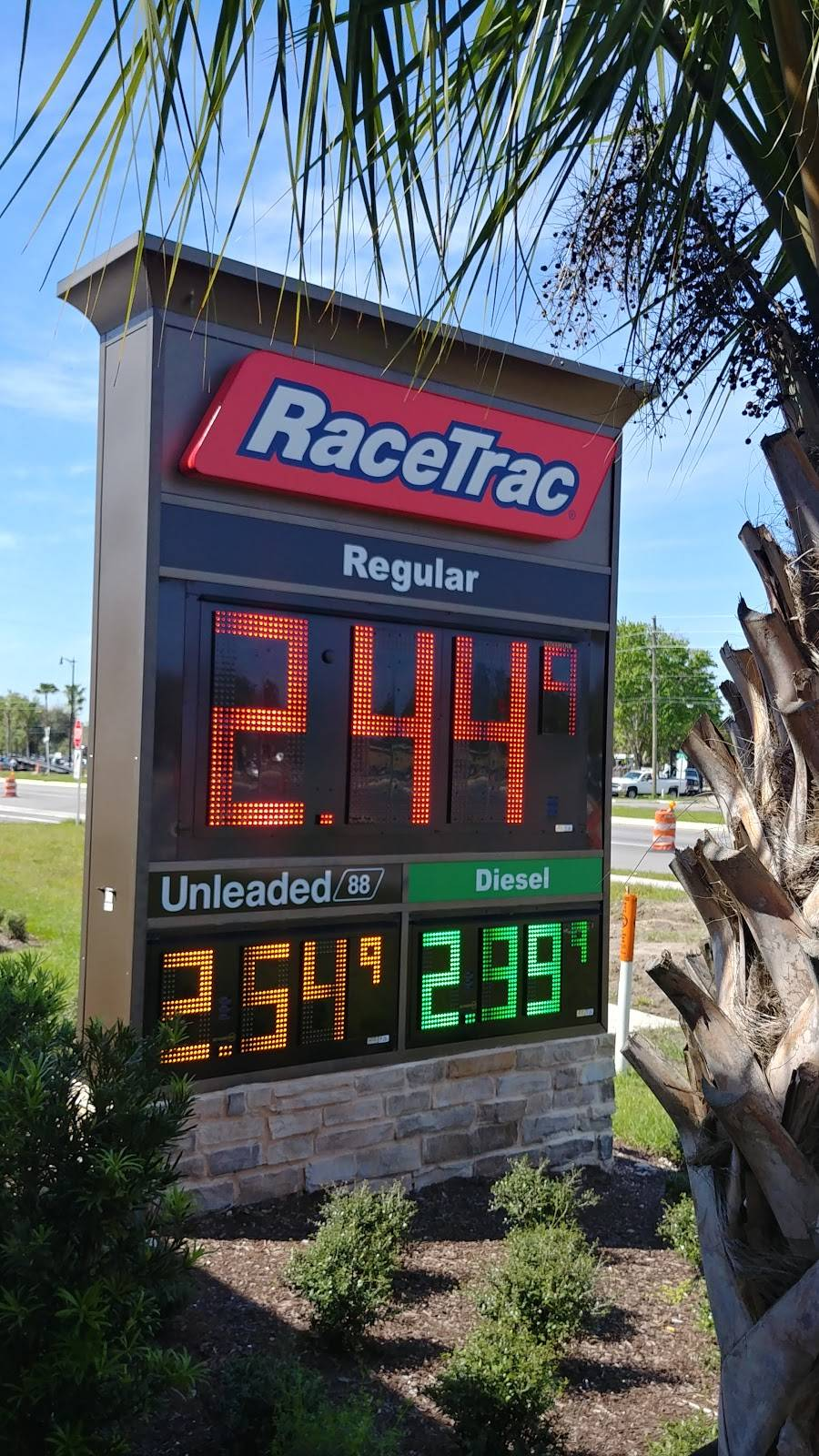 RaceTrac | bakery | 3271 North 17th and, US-92, Longwood, FL 32750, USA | 4073214406 OR +1 407-321-4406