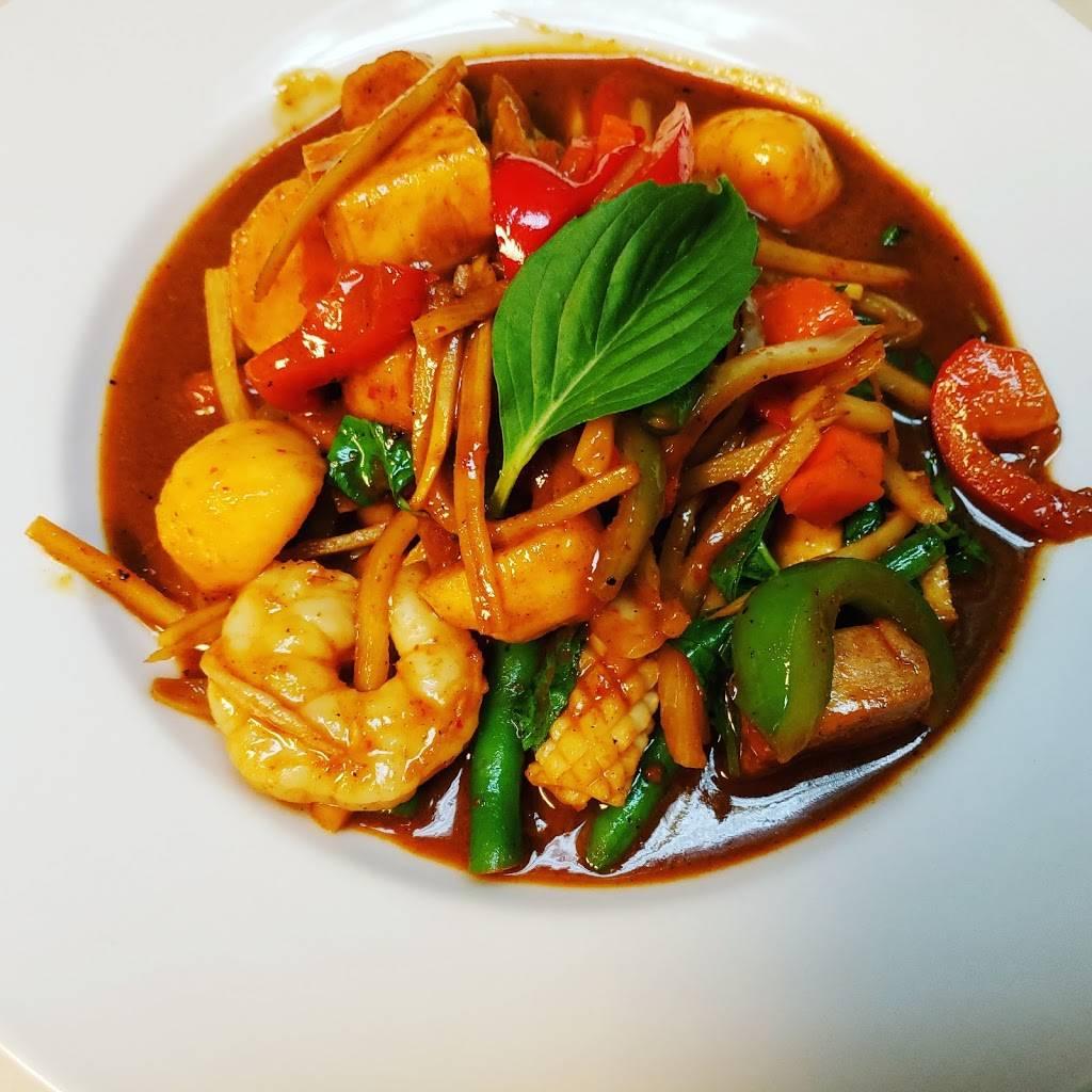 Sri Siam Thai Restaurant   restaurant   9253 Waukegan Rd, Morton Grove, IL 60053, USA   8478813435 OR +1 847-881-3435