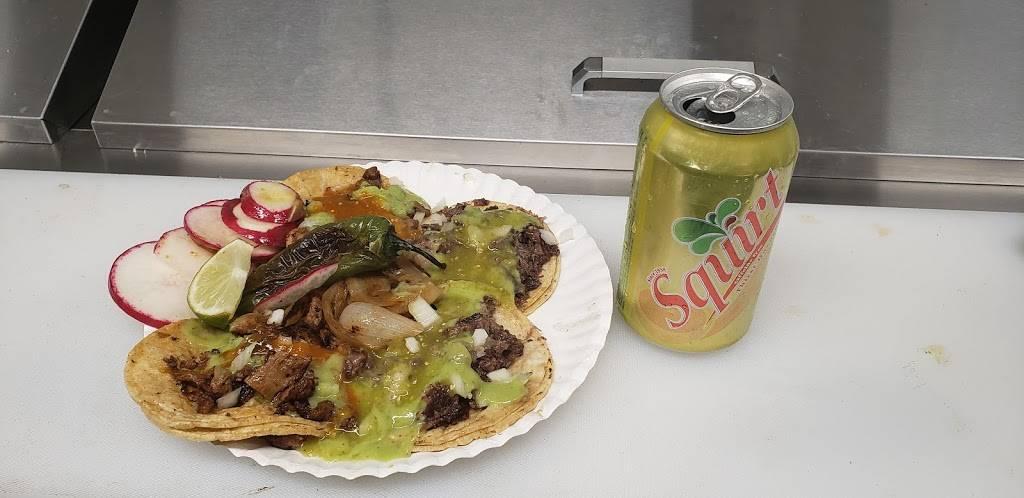 Tacos los viejones | restaurant | 90 W 84th Ave, Denver, CO 80260, USA | 7205778381 OR +1 720-577-8381