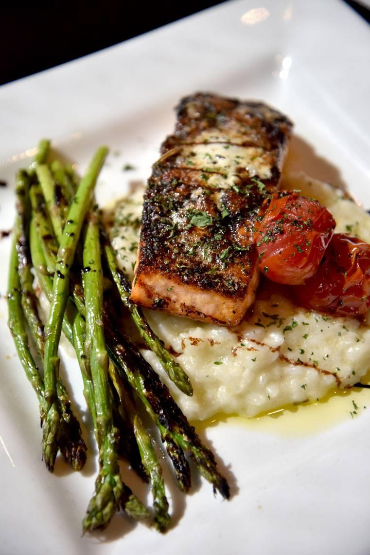 Ricettas Brick Oven Ristorante   restaurant   512 Main St, Saco, ME 04072, USA   2077813100 OR +1 207-781-3100