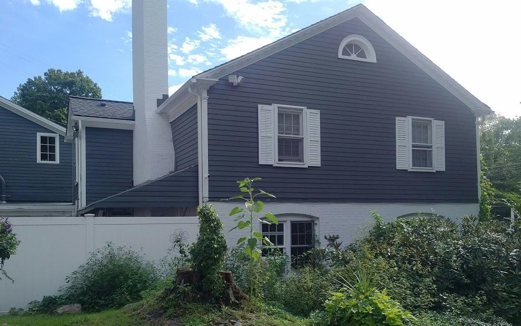 Old Riverton Inn and The Royal Coachman Tavern | restaurant | 436 E River Rd, Riverton, CT 06065, USA | 8603798678 OR +1 860-379-8678