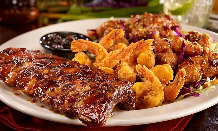 TGI Fridays | restaurant | 6840 Northlake Mall Dr, Charlotte, NC 28269, USA | 7045962869 OR +1 704-596-2869