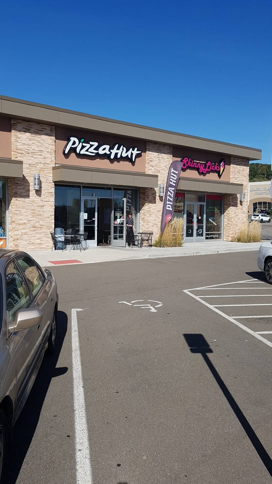 Pizza Hut | restaurant | 218 Reynolds Rd Suite 3, Johnson City, NY 13790, USA | 6077987527 OR +1 607-798-7527
