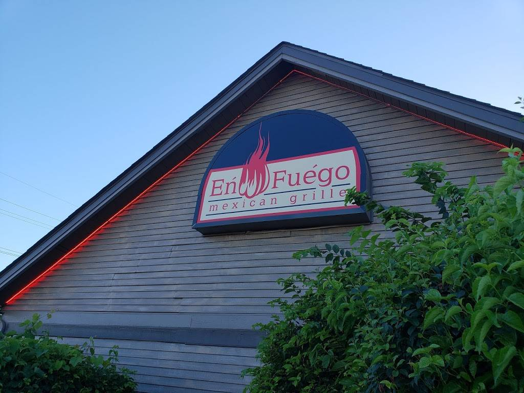 En Fuego Mexican Grille | restaurant | 17W648 22nd St, Oakbrook Terrace, IL 60181, USA | 6306138899 OR +1 630-613-8899