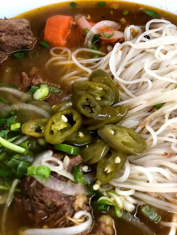 Lois Vietnamese Restaurant | restaurant | 2228 Irving St, San Francisco, CA 94122, USA | 4156615936 OR +1 415-661-5936