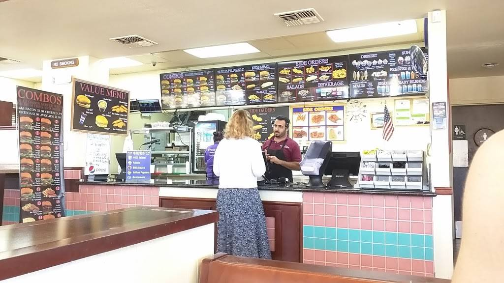 Frosty King   restaurant   20651 W Valley Blvd, Golden Hills, CA 93561, USA   6618221943 OR +1 661-822-1943