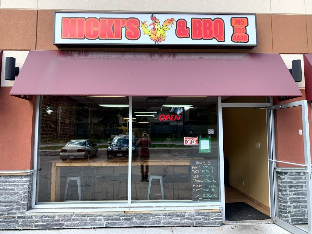 Nicki's Chicken & BBQ | restaurant | 110 Little Ave Unit 4, Barrie, ON L4N 4K8, Canada | 7052524449 OR +1 705-252-4449