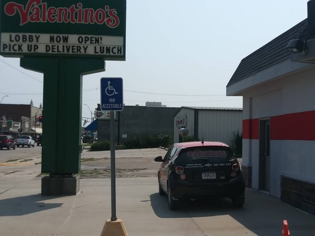 Valentinos | meal delivery | 827 N Lincoln Ave, York, NE 68467, USA | 4023622111 OR +1 402-362-2111