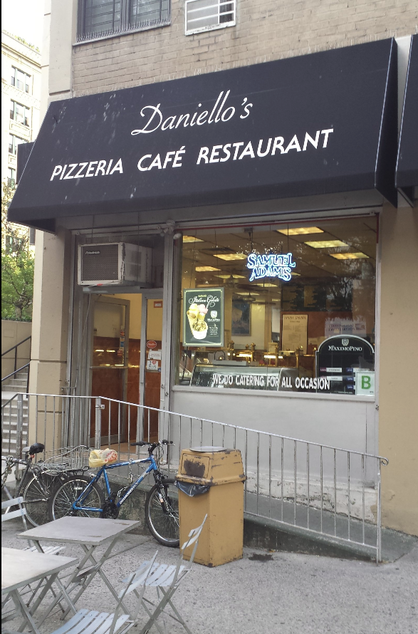 Daniellos Pizzeria Cafe Restaurant   meal delivery   70 W 95th St, New York, NY 10025, USA   2129610340 OR +1 212-961-0340