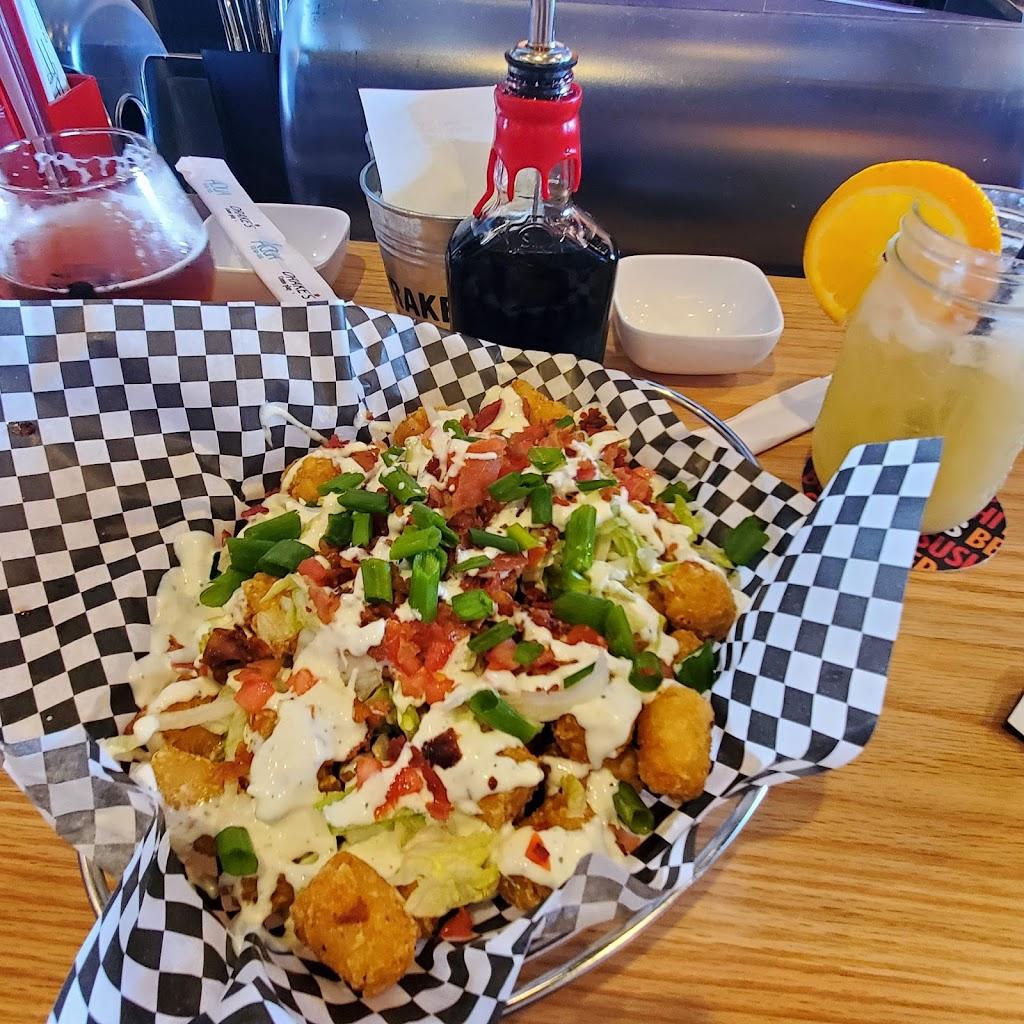 Drakes Clarksville | restaurant | 120 S Hampton Pl, Clarksville, TN 37040, USA | 9318022901 OR +1 931-802-2901