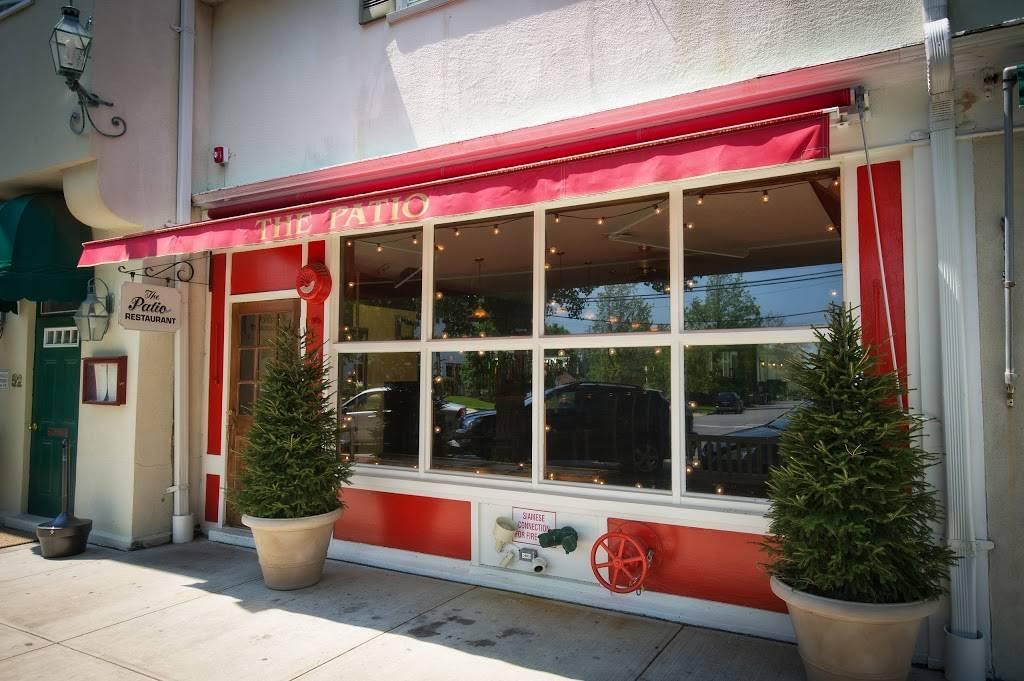 The Patio | restaurant | 54 Main St, Westhampton Beach, NY 11978, USA | 6312880100 OR +1 631-288-0100