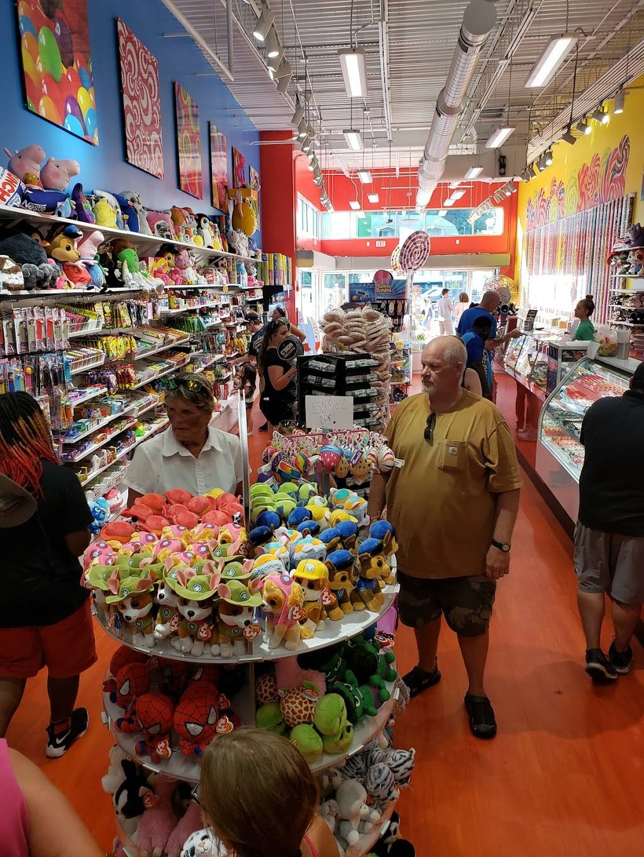 Towne Center Plaza | shopping mall | Towne Center Plaza 745, Parkway, Gatlinburg, TN 37738, USA