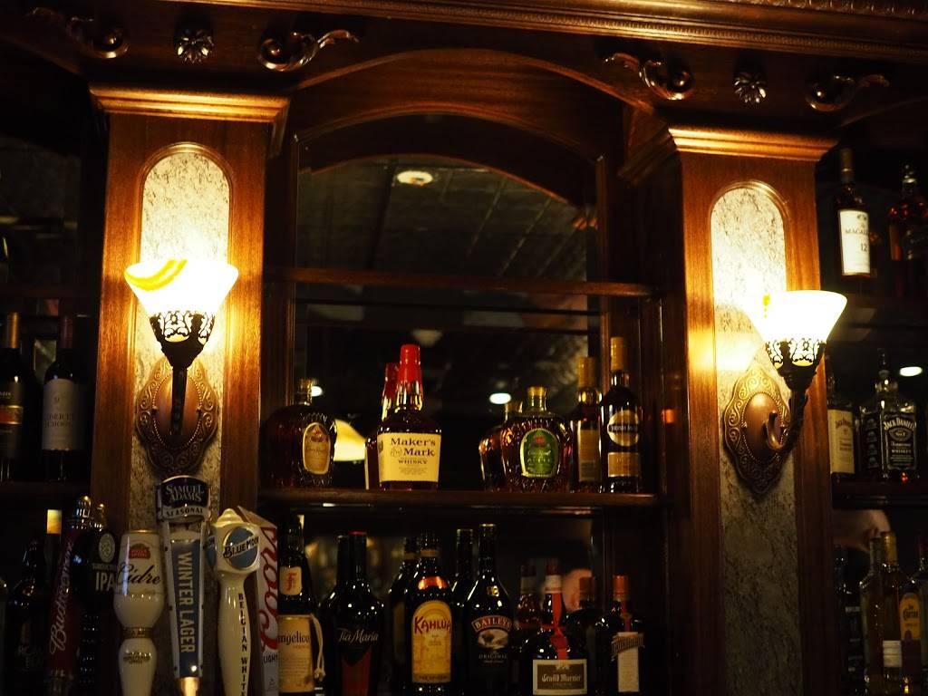 385 Bank | restaurant | 385 Bank St, New London, CT 06320, USA | 8605749005 OR +1 860-574-9005