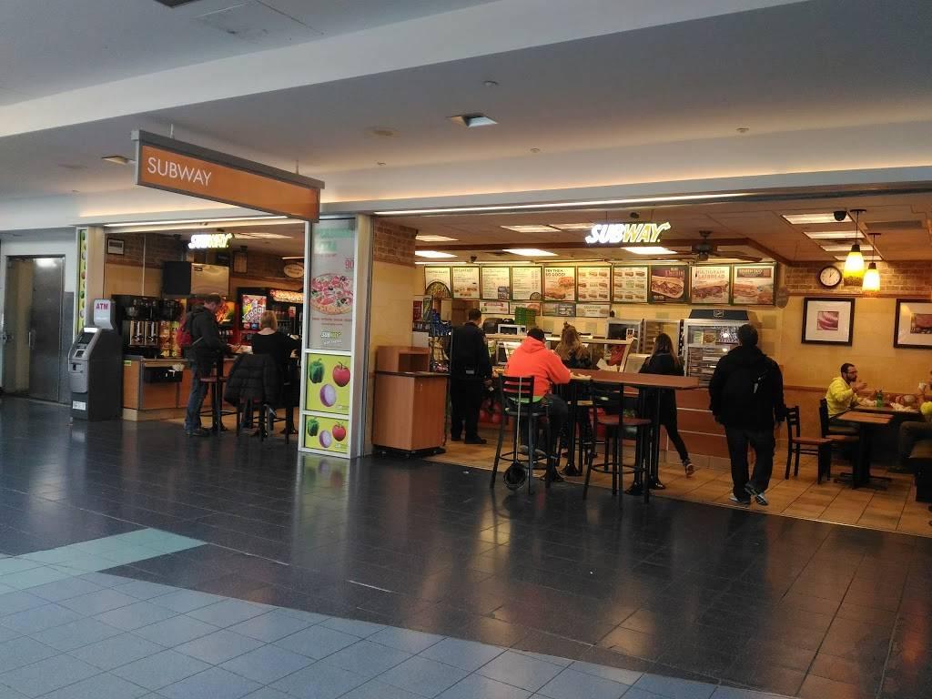 Subway Restaurants   restaurant   9 Ferry Terminal Viaduct, Staten Island, NY 10301, USA   7187272197 OR +1 718-727-2197