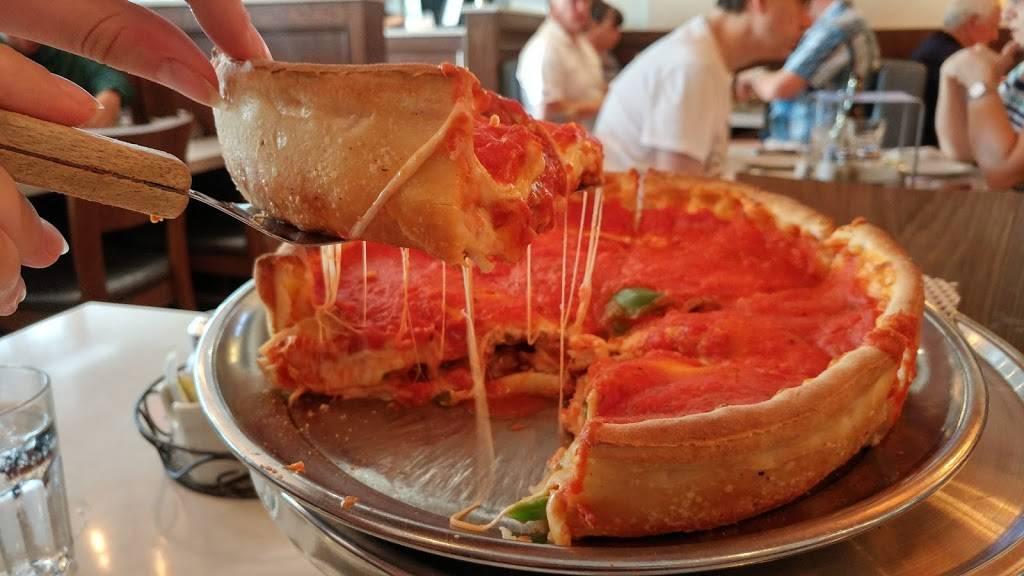 Chicago Style Pizza   restaurant   534 Upper Sherman Ave, Hamilton, ON L8V 3M1, Canada   9055758800 OR +1 905-575-8800