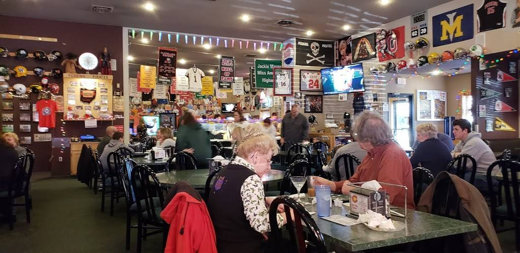 Chet & Matts Pizza | restaurant | 1013 E Strub Rd, Sandusky, OH 44870, USA | 4196266000 OR +1 419-626-6000