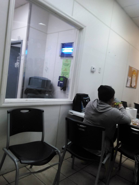 Golden Krust | restaurant | 3958 Park Ave, Bronx, NY 10457, USA | 7186557878 OR +1 718-655-7878