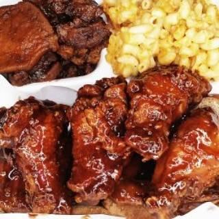 BUTTONS KITCHEN LLC | restaurant | 230 Peshine Ave, Newark, NJ 07108, USA | 9733684078 OR +1 973-368-4078