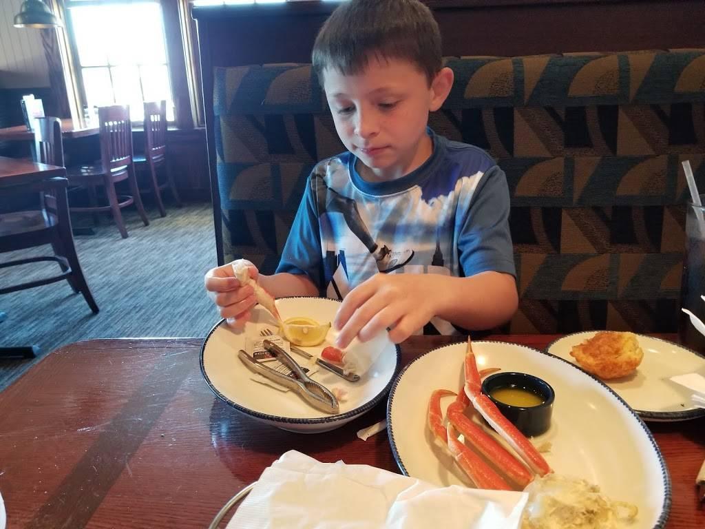 Red Lobster | restaurant | Milan Road, 4016 Sandusky Mall Blvd, Sandusky, OH 44870, USA | 4196251122 OR +1 419-625-1122