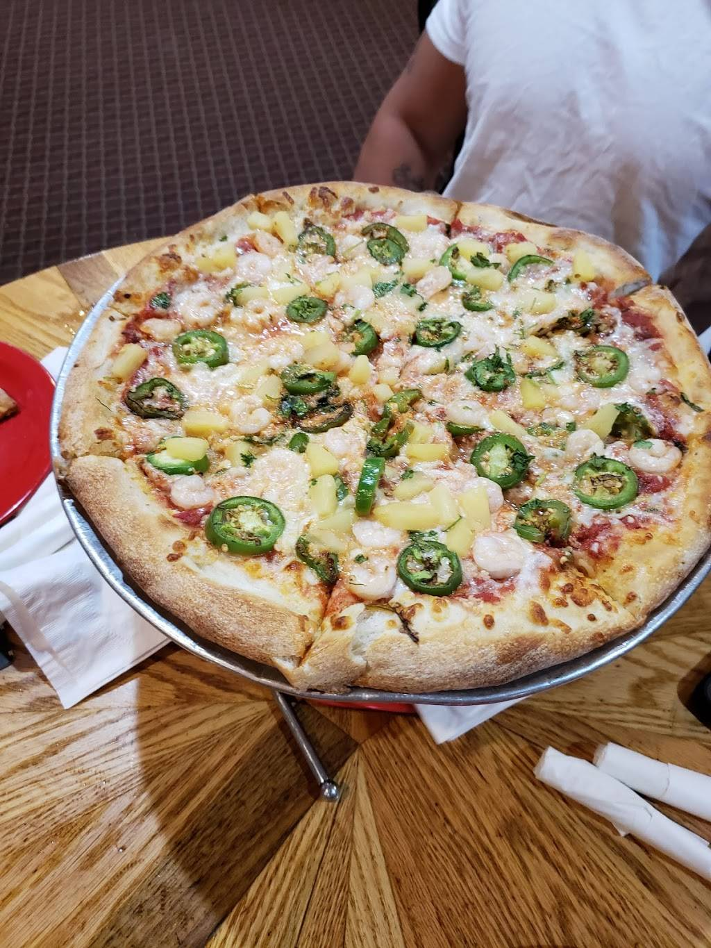 Pazzos Pizzeria | restaurant | 50 Chambers Ave, Eagle, CO 81631, USA | 9703379900 OR +1 970-337-9900