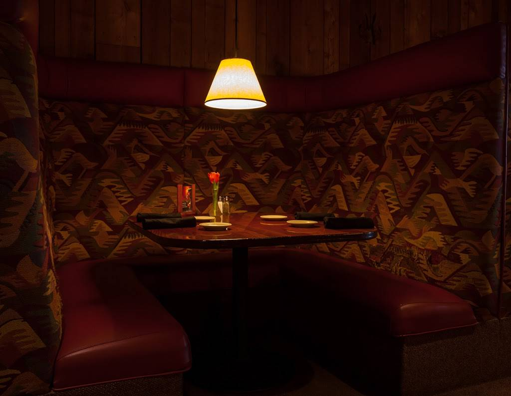 Max Dales Steak & Chop House | restaurant | 2030 Riverside Dr, Mt Vernon, WA 98273, USA | 3604247171 OR +1 360-424-7171