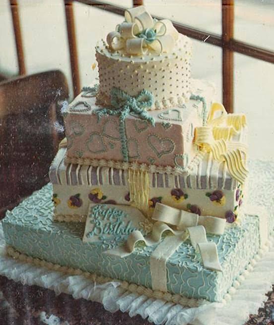 Mayers Bakery | bakery | 14 Peninsula Center, Palos Verdes Peninsula, CA 90274, USA | 3103777846 OR +1 310-377-7846