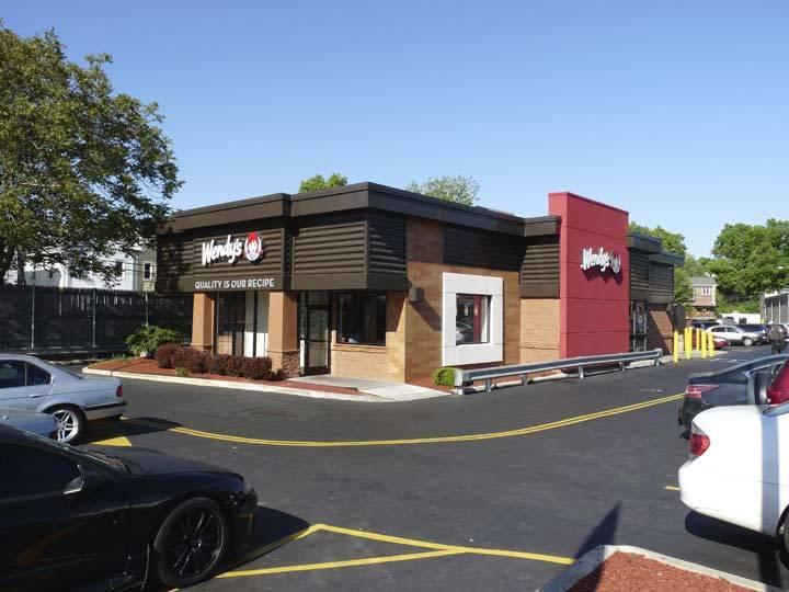 Wendys | restaurant | 90-13 Metropolitan Ave, Rego Park, NY 11374, USA | 7182756221 OR +1 718-275-6221