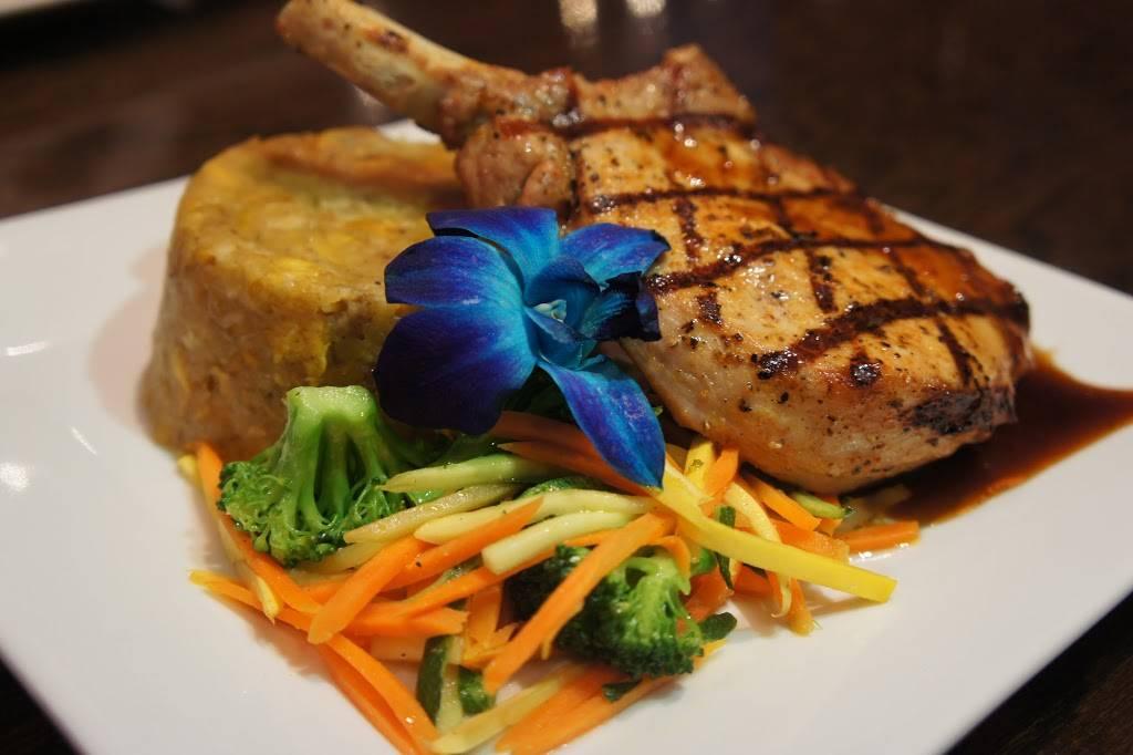 Nebula Bar & Kitchen | restaurant | 141 Nagle Ave, New York, NY 10040, USA | 6466697533 OR +1 646-669-7533