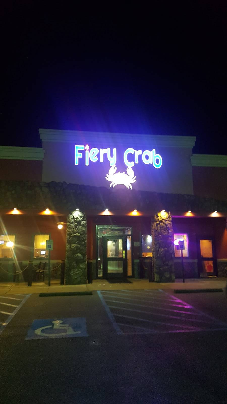 Fiery Crab Juicy Seafood | restaurant | 200 Graces Way, Columbia, SC 29229, USA | 8039396616 OR +1 803-939-6616