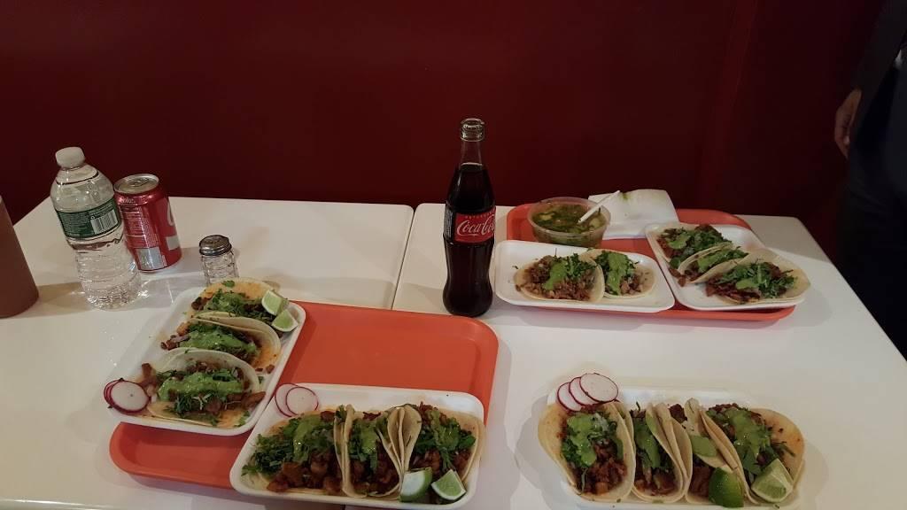 Taqueria Santa Fe   restaurant   47-08 47th Ave, Woodside, NY 11377, USA   7182699946 OR +1 718-269-9946