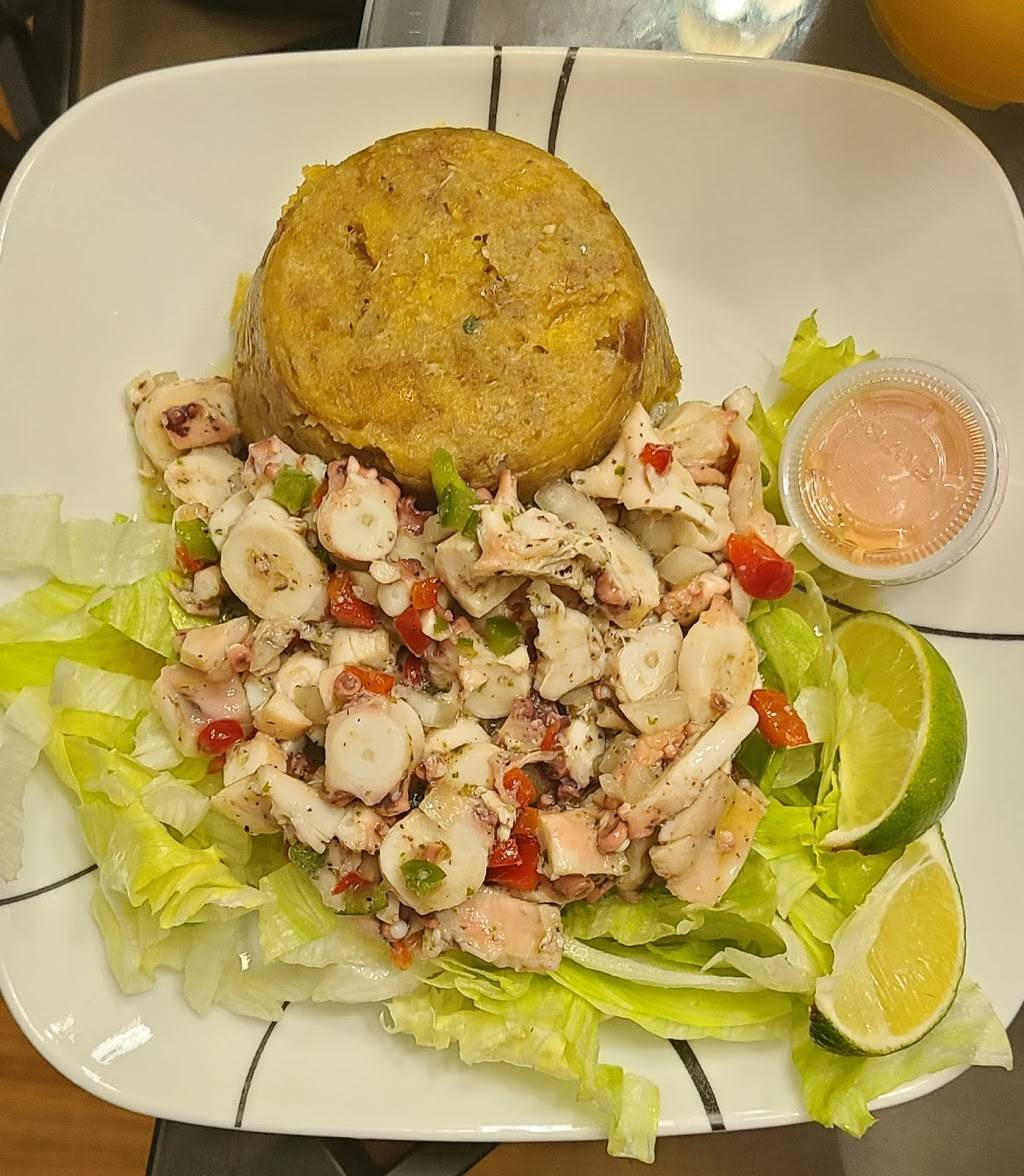 Cultura Antojitos Puertorriqueños | restaurant | 78 Broad St, New London, CT 06320, USA | 9592016980 OR +1 959-201-6980