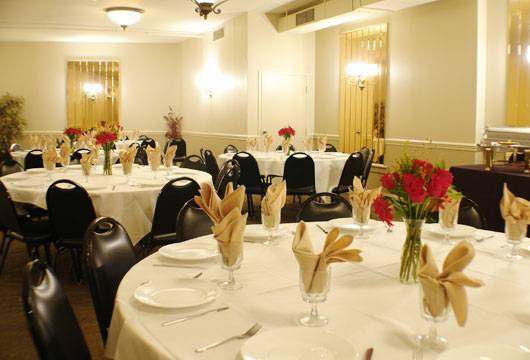 Alfonsos Trattoria   meal delivery   99 W Main St, Somerville, NJ 08876, USA   9085260616 OR +1 908-526-0616