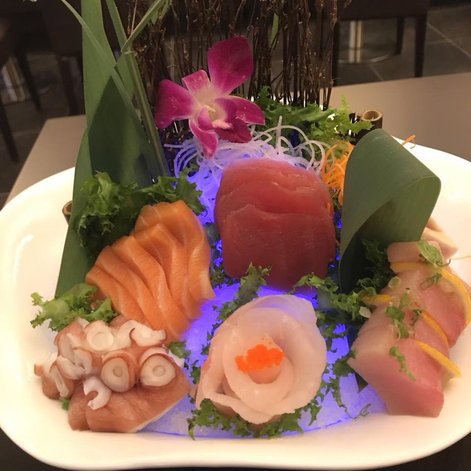 Umami Sushi & Bar   restaurant   1957 Middle Country Rd, Centereach, NY 11720, USA   6316765553 OR +1 631-676-5553