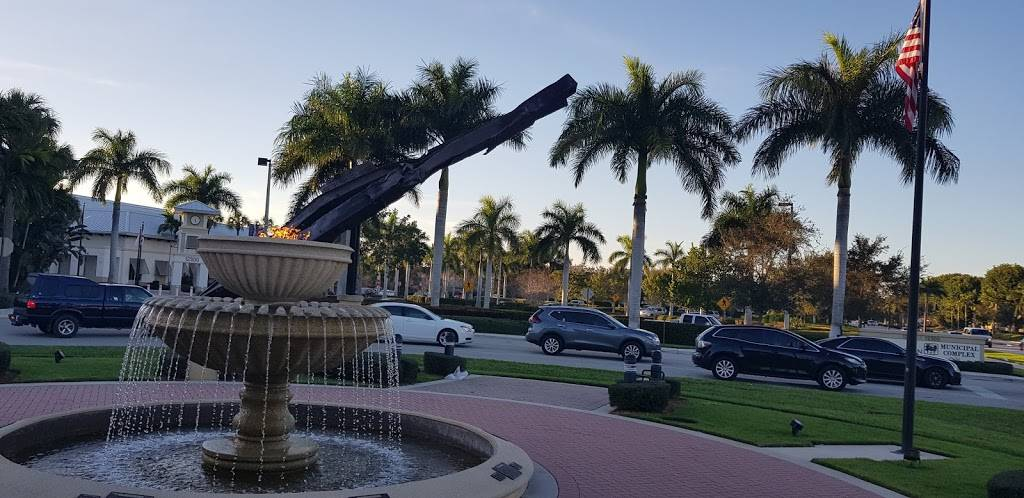Wellington Town Square | shopping mall | 11924 W Forest Hill Blvd, Wellington, FL 33414, USA | 5616302300 OR +1 561-630-2300